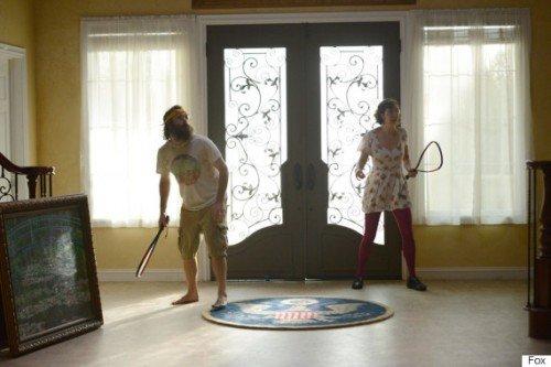 Will Forte e Kristen Schaal in una scena tratta dal secondo episodio.