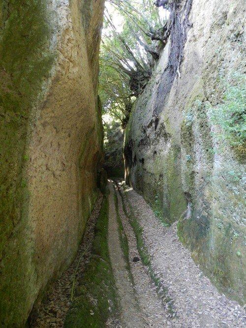 Il Racconto dei Racconti, Cave di Sovana