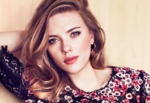 Scarlett Johansson Reflective Light