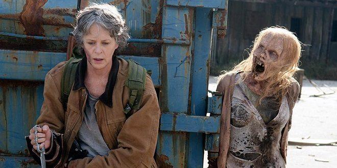 Carol rischia la vita nel season finale di The Walking Dead.