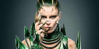 Power Rangers: Rita Repulsa alias Elizabeth Banks vs Ranger Giallo [FOTO]