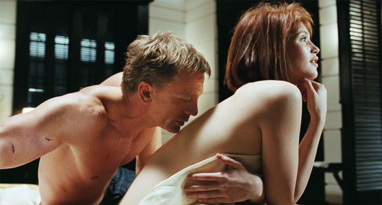 Секс с фильма джеймс бонд