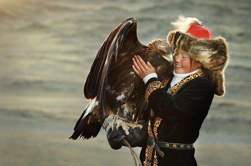 the_eagle_huntress_03