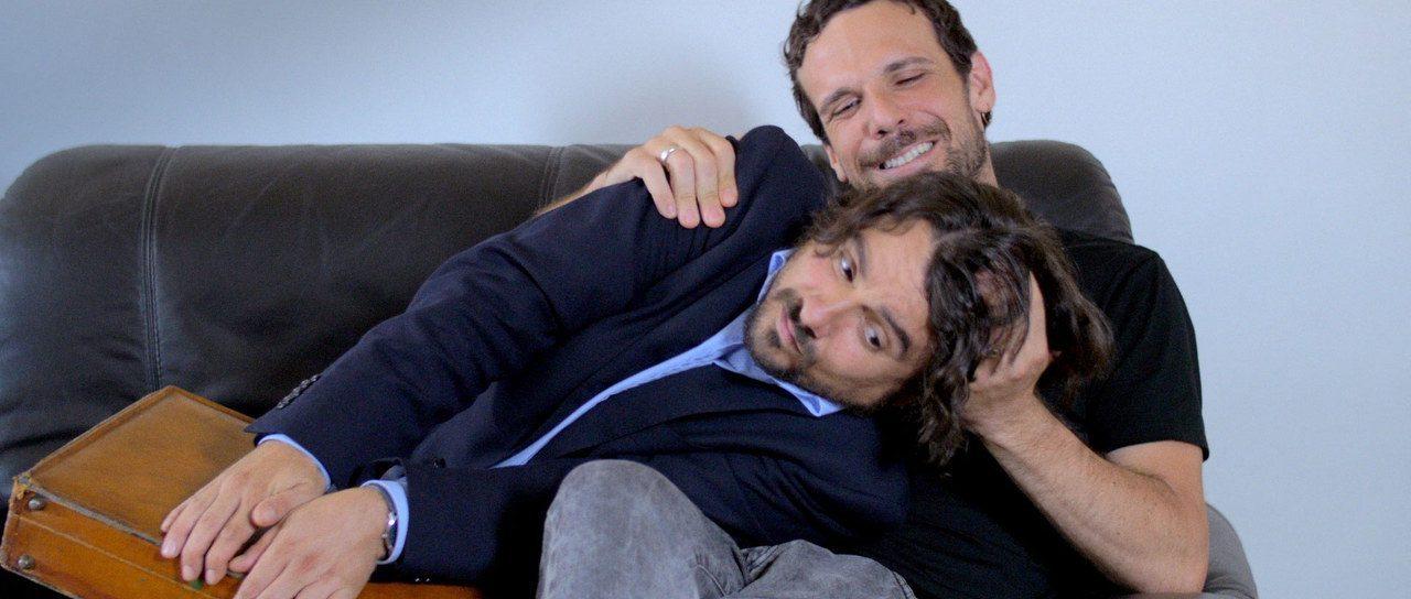 In Bici senza Sella: trailer, foto e poster del film diretto da 7 registi esordienti
