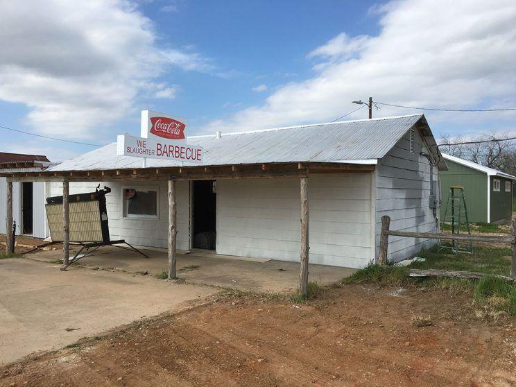 Gas Station - riapre il ristorante del film Non aprite quella Porta
