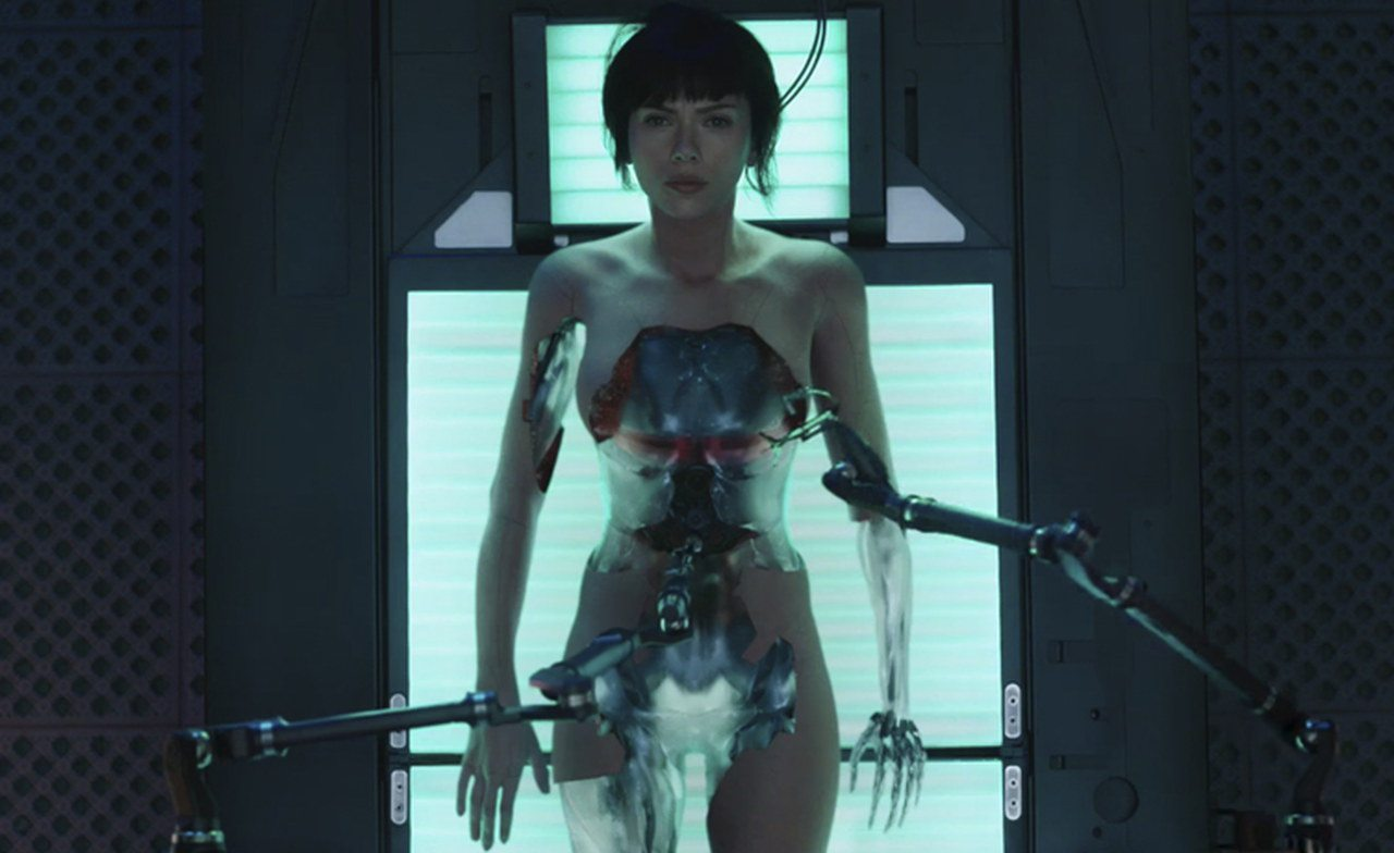 Ghost In The Shell: una clip mostra la scena del bombardamento