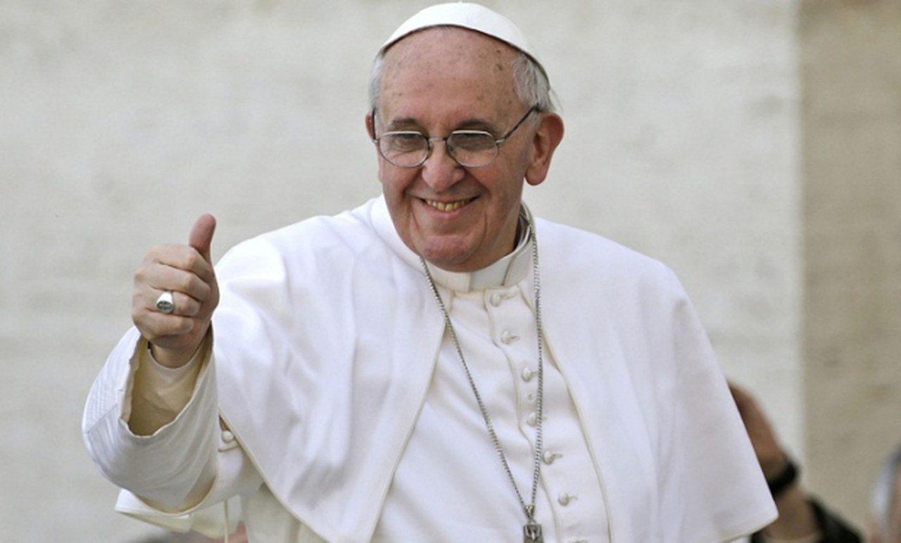 Francesco, il Papa della gente: a dicembre su Canale 5 la serie tv su Papa  Bergoglio