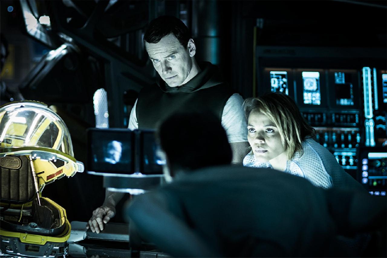 Michael Fassbender e Carmen Ejogo nella nuova foto di Alien Covenant