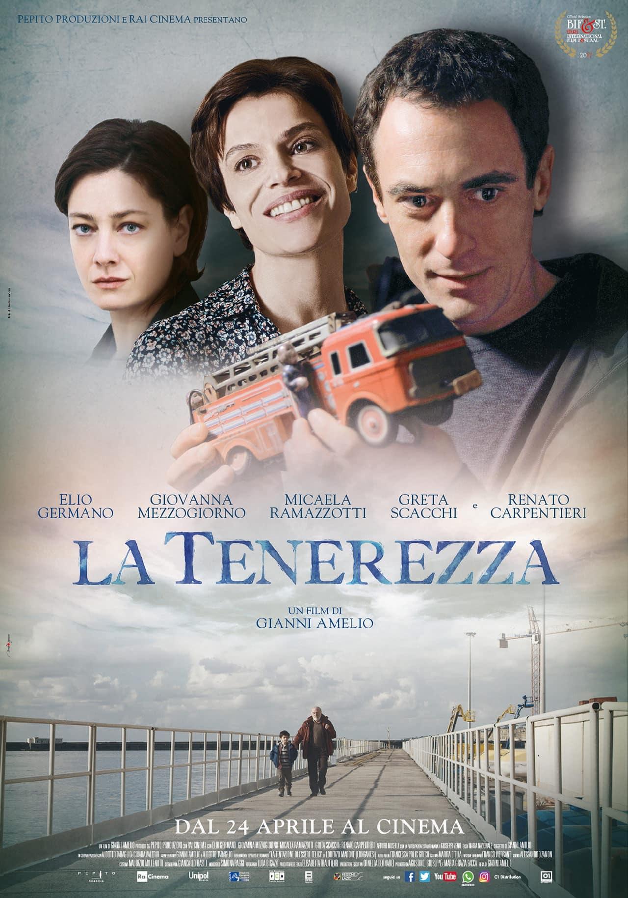 Elio Germano e Micaela Ramazzotti nel primo poster ufficiale de La tenerezza