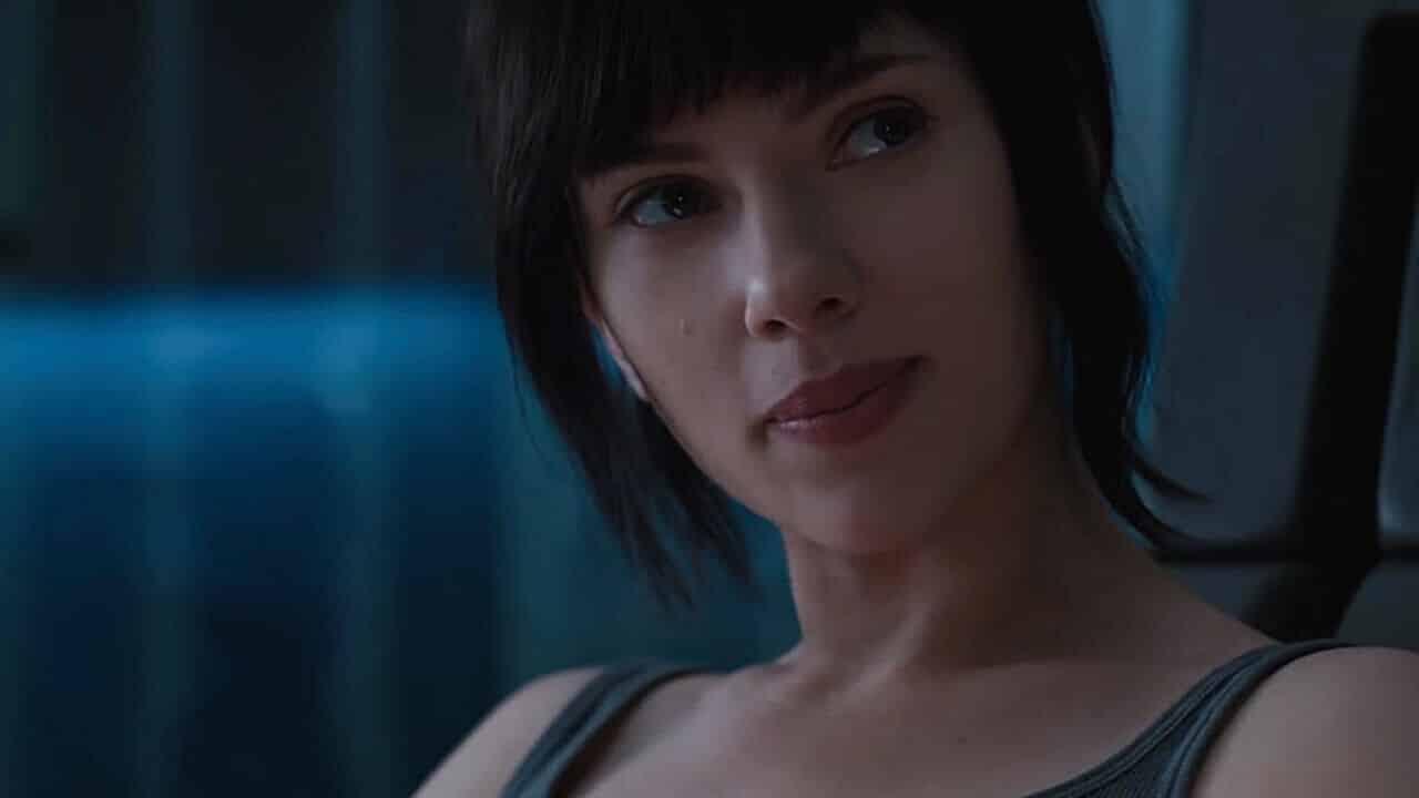 Ghost In The Shell Scarlett Johansson Mette Ko Nel Nuovo Poster Imax