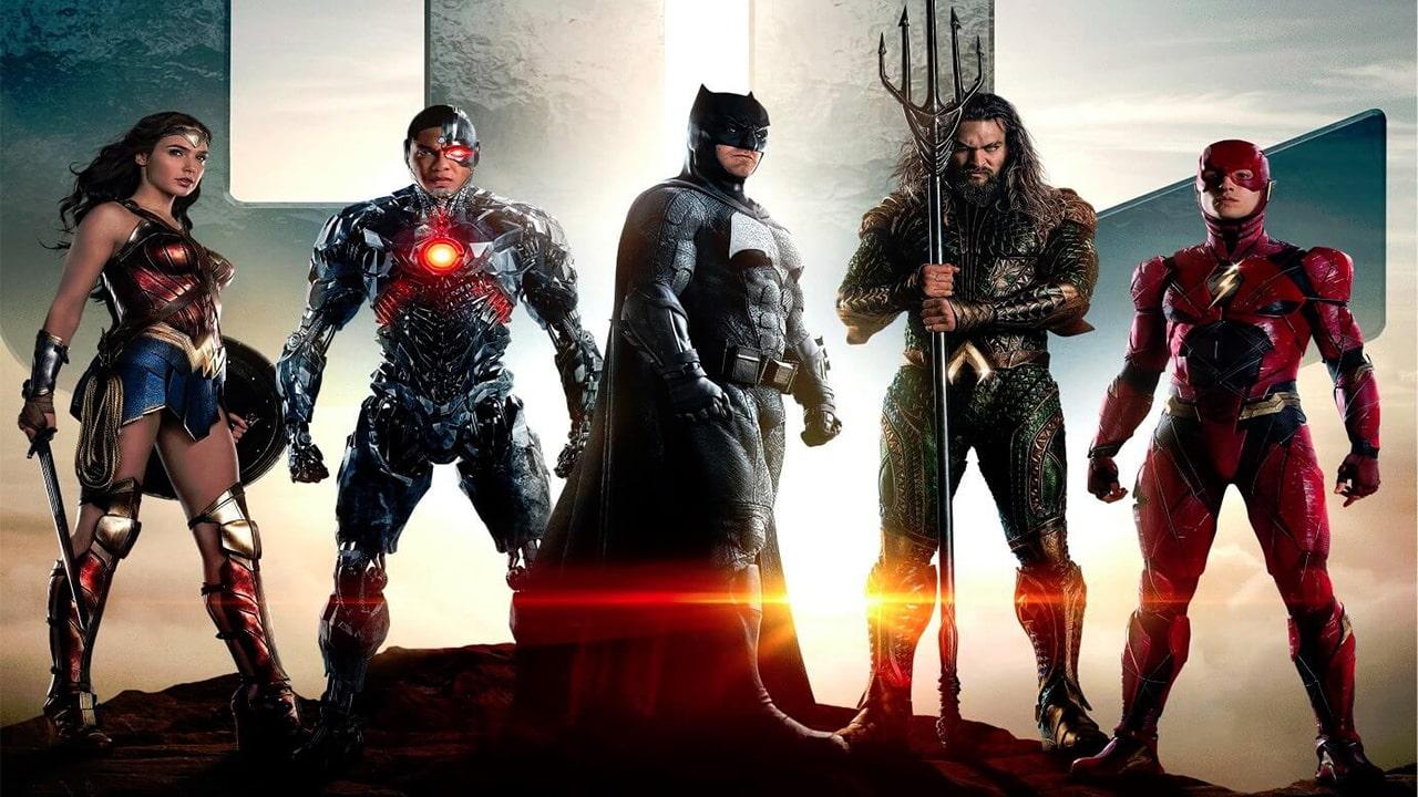 Justice League: Gli eroi riuniti in un nuovo Poster