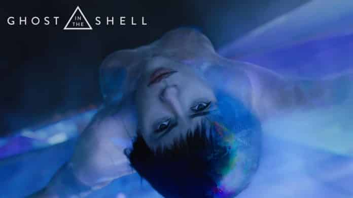Scarlett Johansson è pronta all'assalto nel terzo trailer italiano di Ghost In The Shell