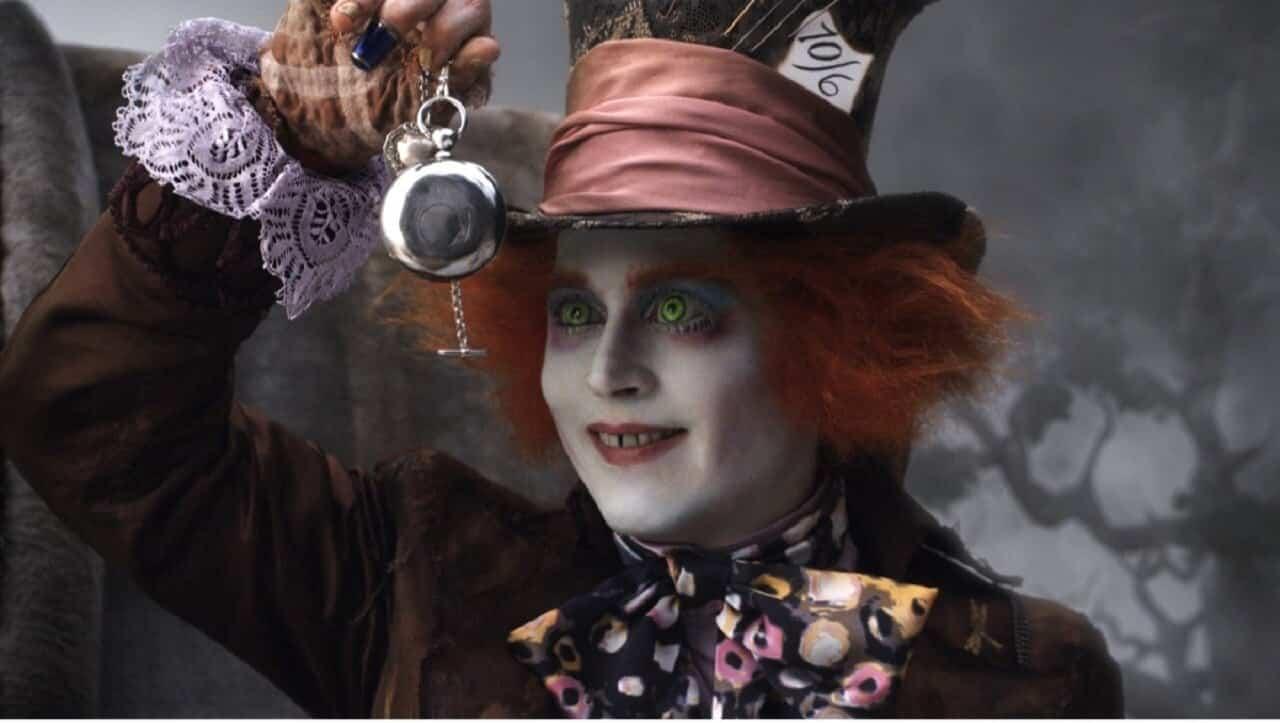 Alice attraverso lo specchio frasi e citazioni dal film - Lo specchio frasi ...