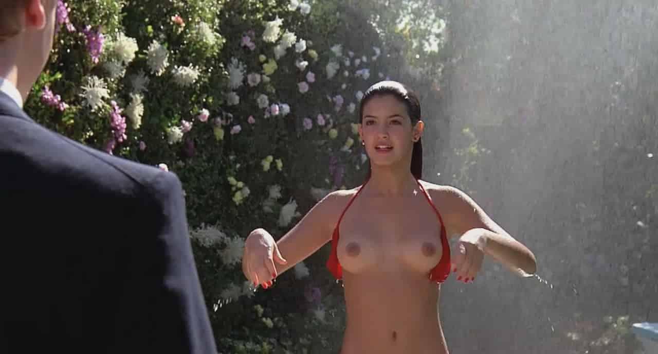 Fuori di seno: i 50 migliori topless della storia del cinema