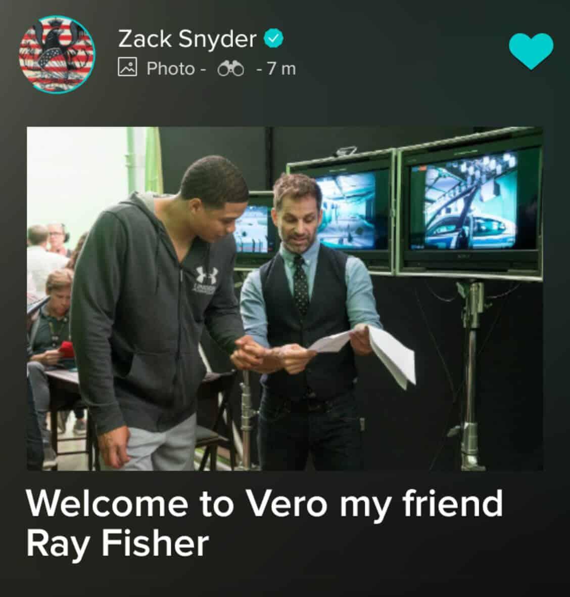 ray fisher zack snyder foto set