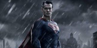 henry cavill superman contratto