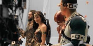 Mentre Justice League è già nelle sale, Warner Bros. svela un nuovo speciale del film tratto dai DC Comics intitolato Meet the Leaguech