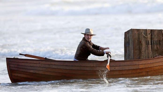 Damsel: nuove immagini con Robert Pattinson nel selvaggio West Robert Pattinson News