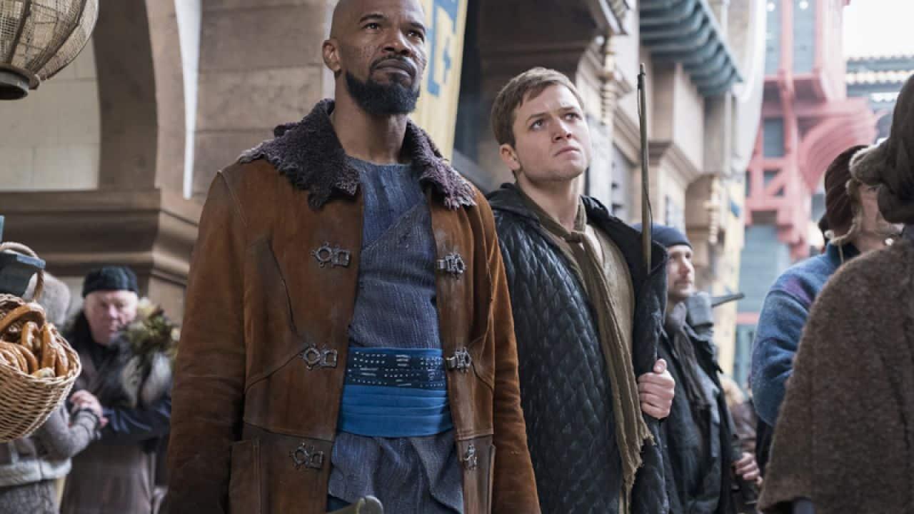 "Jamie Foxx e Taron Edgerton in ""Robin Hood: L'Origine della leggenda"