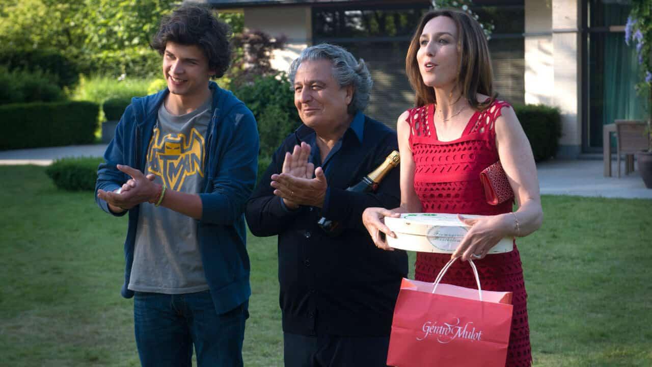 Benvenuti a casa mia ecco la prima clip italiana della commedia - Mia la casa italiana ...