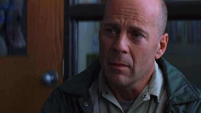 Glass: Bruce Willis Unbreakable