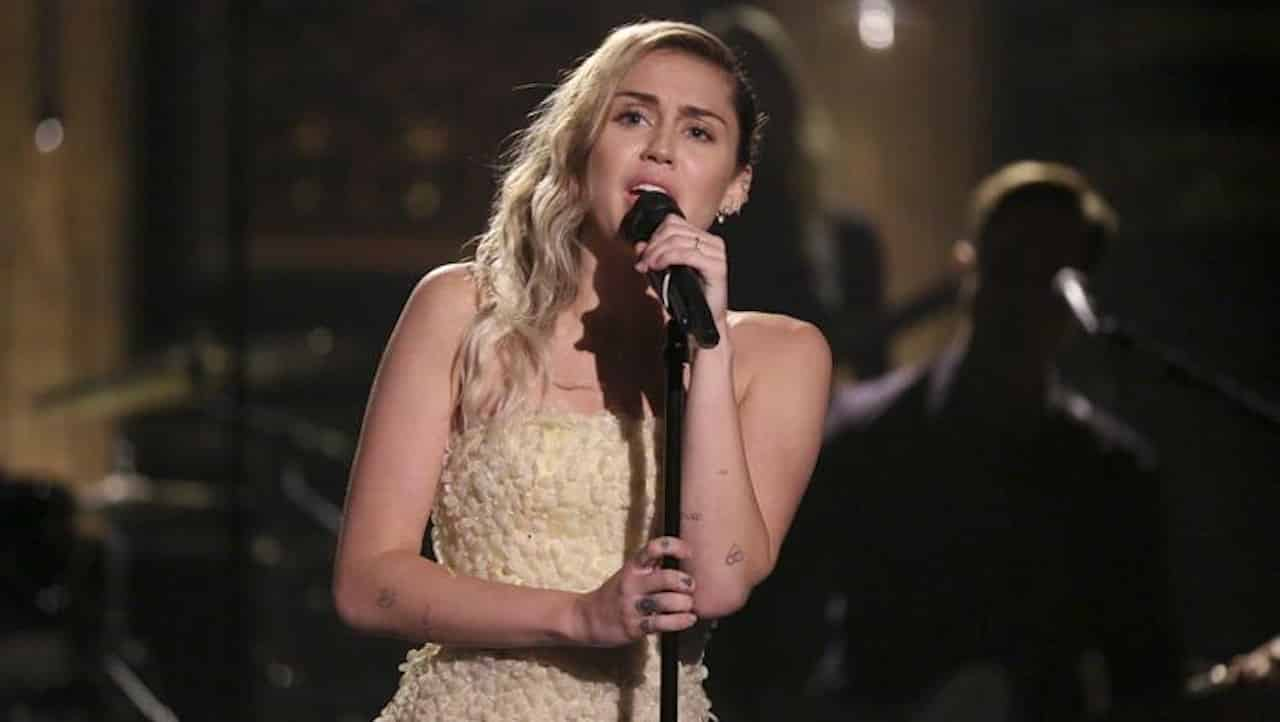 Black Mirror 5 Miley Cyrus Cinematographe.it