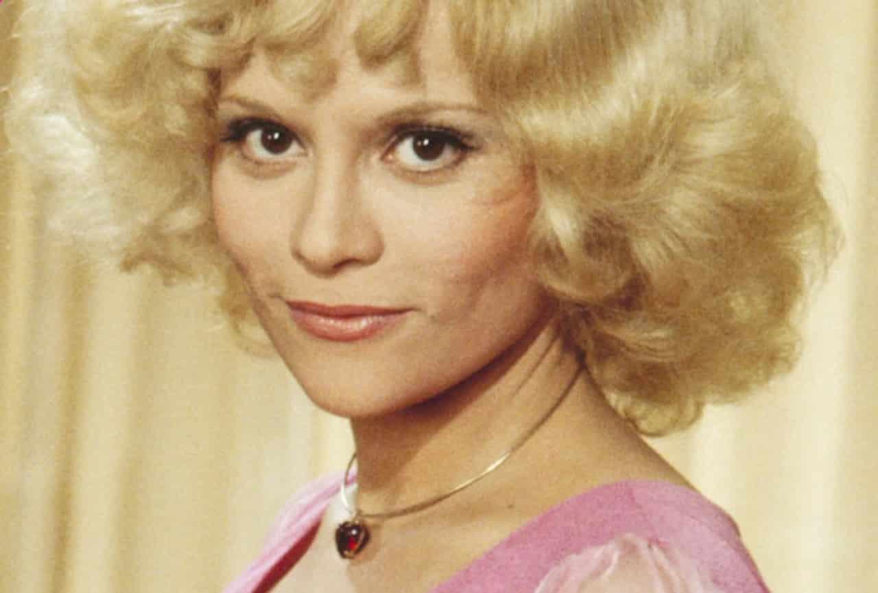 Lyubov Yegorova 9 Olympic medals,Maria Alba Erotic videos Scarlett Mack,Keanna Reeves (b. 1967)