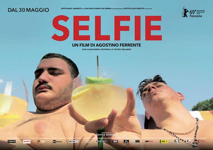Selfie Agostino Ferrente, cinematographe.it