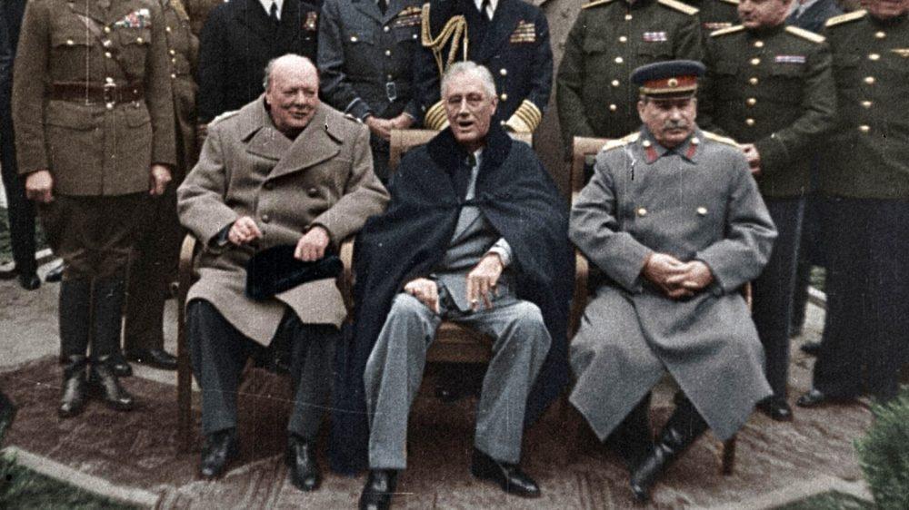 """Risultato immagini per grandi eventi della seconda guerra mondiale a colori netflix"""""""