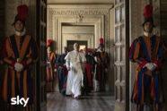 The New Pope - Javier Cámara, John Malkovich e Silvio Orlando - cinematographe.it