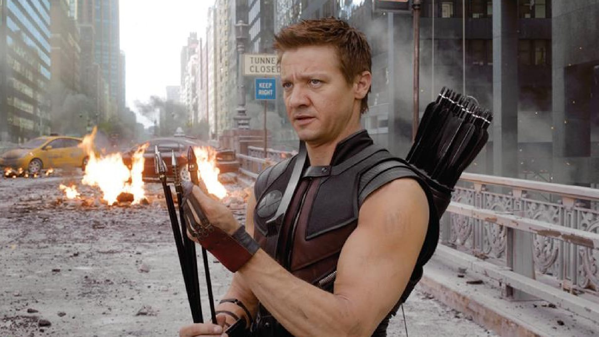 Hawkeye: le prime foto dal set mostrano Jeremy Renner in azione