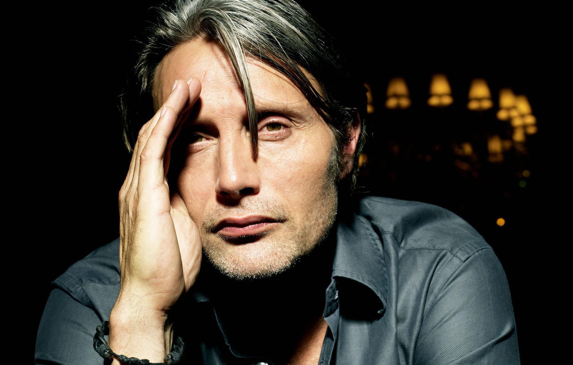 Mads Mikkelsen sostituirà Johnny Depp in Animali Fantastici 3: ecco la conferma