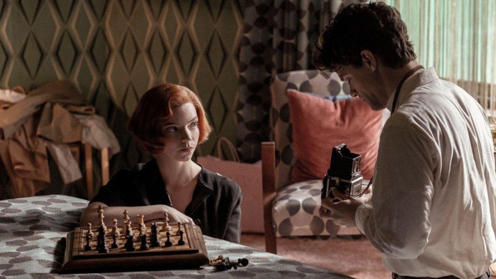 La regina degli scacchi e le contorte storie di Beth. La spiegazione del  rapporto con Townes e gli altri personaggi maschili