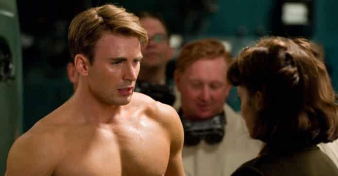 Chris Evans a torso nudo