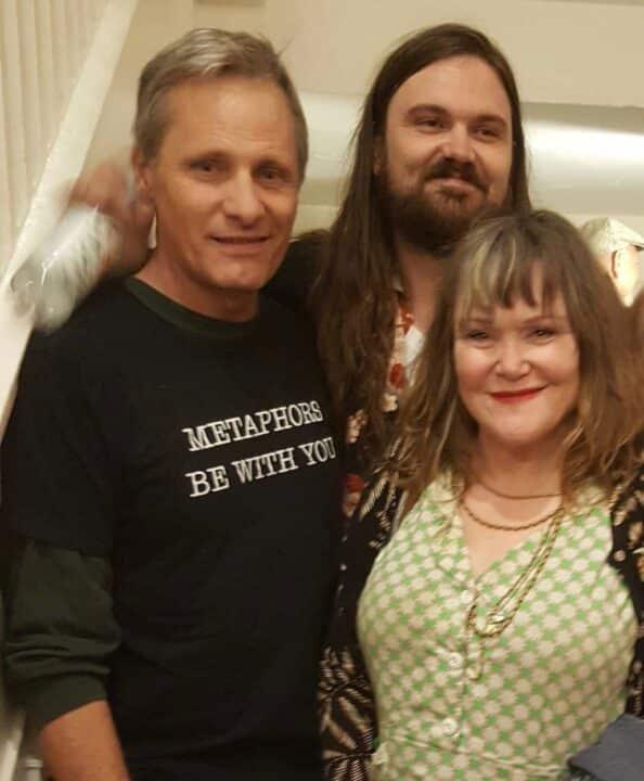 Viggo Mortensen con il figlio e la ex moglie