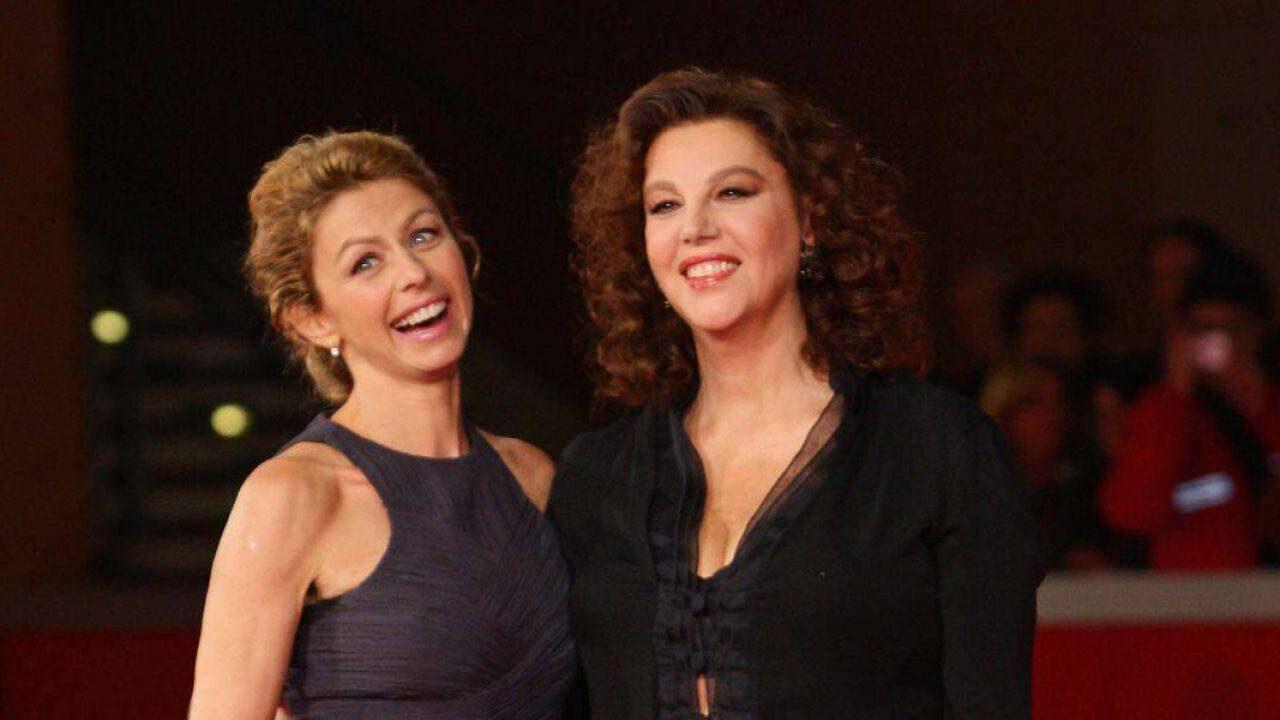 Amanda Sandrelli insieme a mamma Stefania