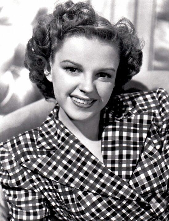 Judy Garland che sorride